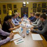 Руденя выделил деньги на переселение из ветхого жилья в Осташкове