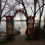 На Селигере власти ЗАПРЕТИЛИ  купание в озере на  Крещение.